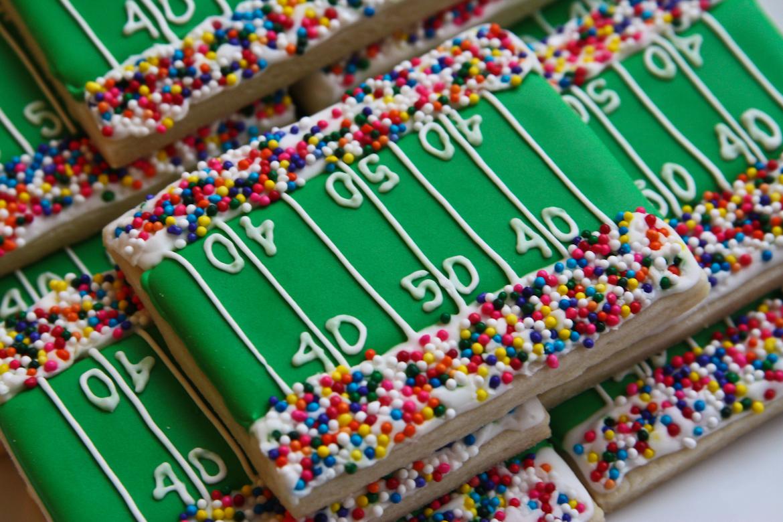 Super Bowl Stadium Sugar Cookies Rebecca Cakes Amp Bakes