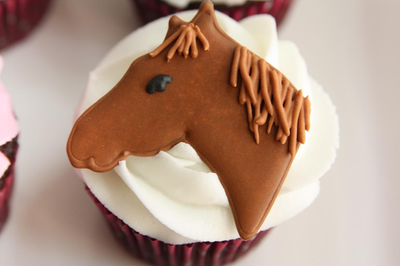 Brown Horse Cupcakes Rebecca Cakes Bakes