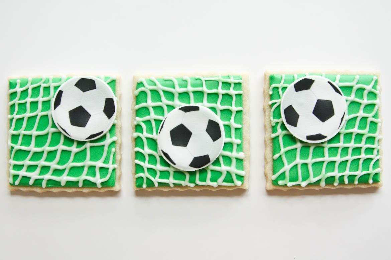 Soccer Goal Amp Ball Cookies Rebecca Cakes Amp Bakes