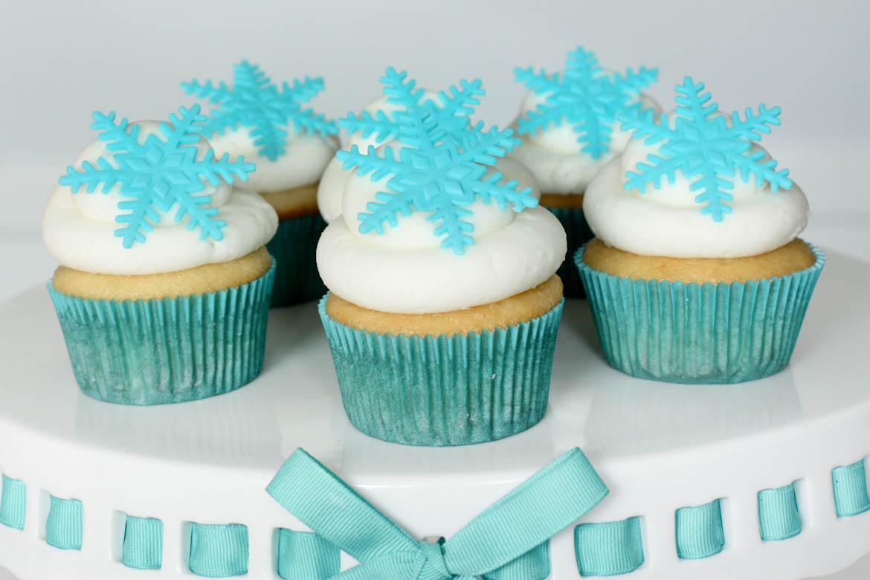 Frozen Cupcakes Snowflake Frozen Snowflake Cupca...
