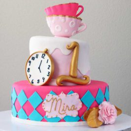 Alice In ONEderland Cake