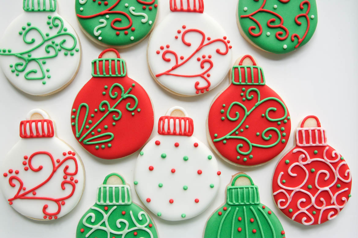 Red & Green Christmas Cookies   Rebecca Cakes & Bakes